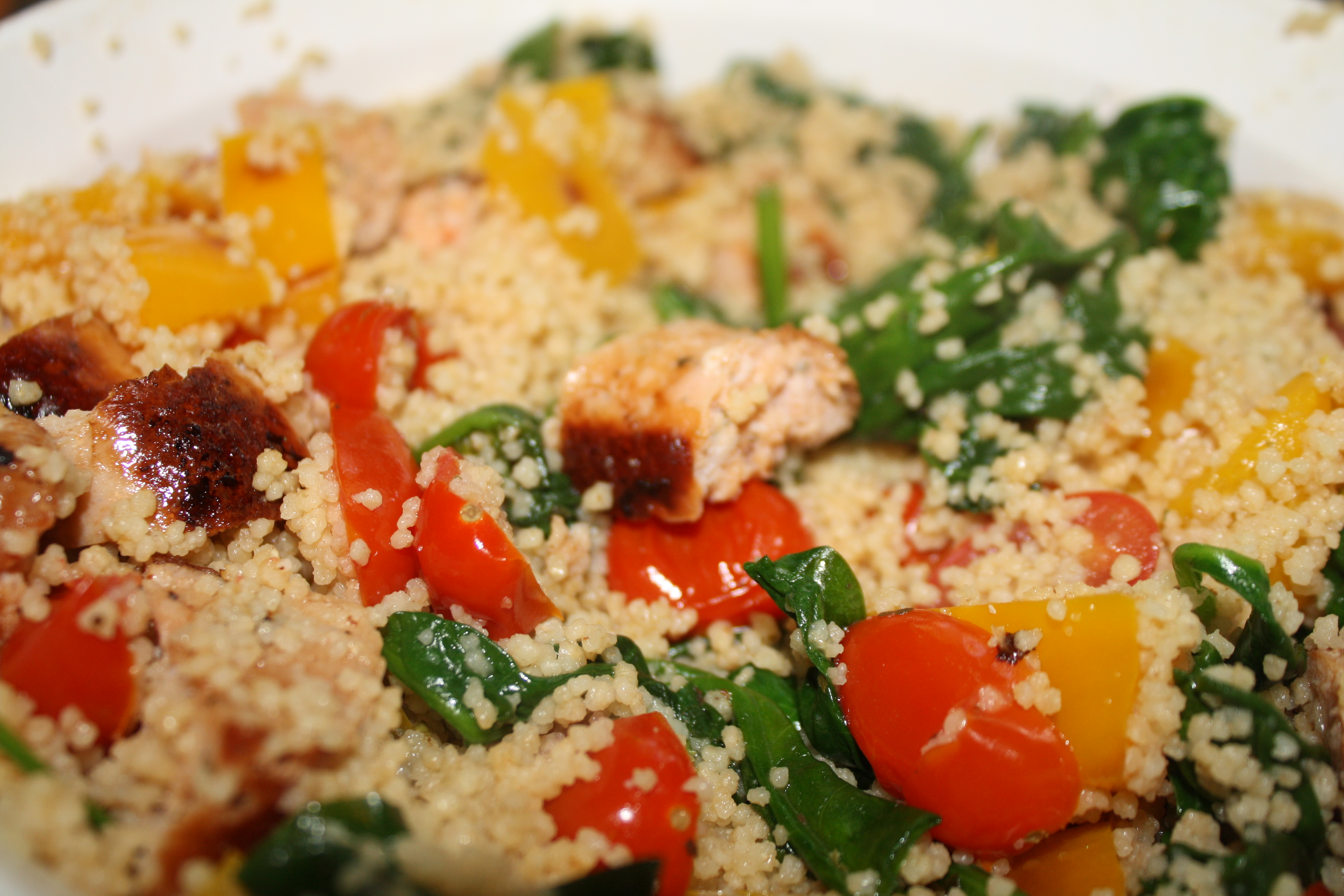 Couscous with baby spinach peppers tomatoes and grilled chicken serving size 1 bowl 14 of recipe amount per serving calories 193 calories from fat 48 5 ww points per serving total fat 54g saturated fat 16g forumfinder Images